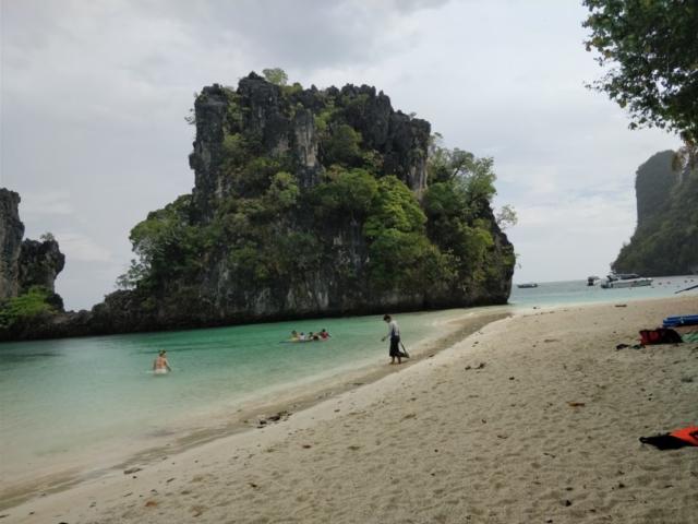 krabi, thajsko, ao nang, railay beach, phra nang cave, ko hong, cestovatelsky blog, tony dubravec