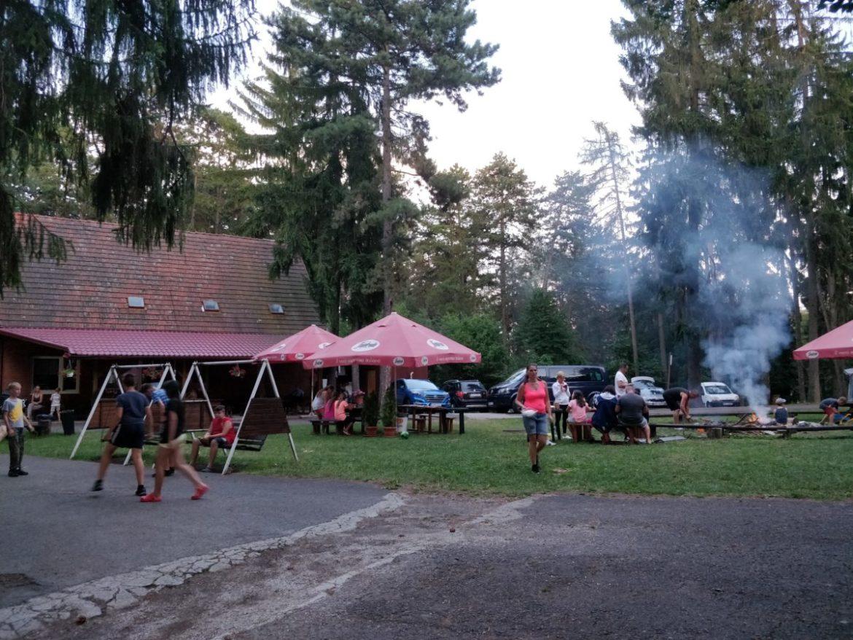 autokemping, autokempy, mini slovensko, mini countryman, kempovanie, camping, tony dubravec, blog, cestovatelsky blog, bloger roka, slovensko, bojnice